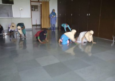 Islamiyat Students given practical demonstation on cleanliness