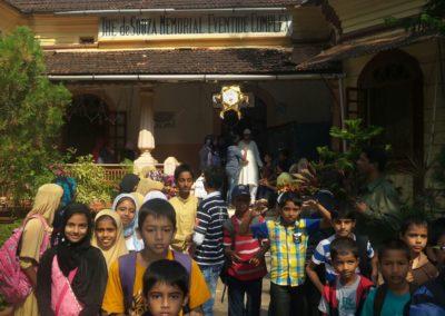 Islamiyat Students visit Oldage Home (4)